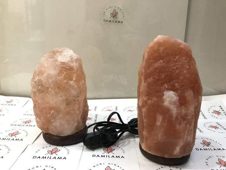 The shop specializes in selling himalaya feng shui salt stone lamps