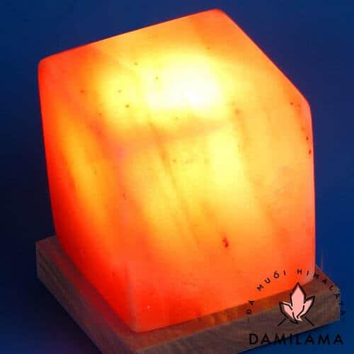 Hình ảnh Đèn Đá Muối Hình Vuông chính hãng tốt giá rẻ nhất tại DamiLama
