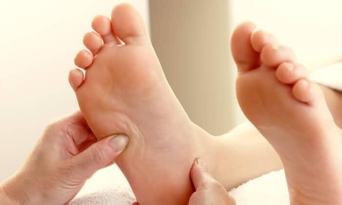 Photo of Những Lợi Ích Massage Bàn Chân Bạn Chưa Biết Từ Đá Muối Himalaya