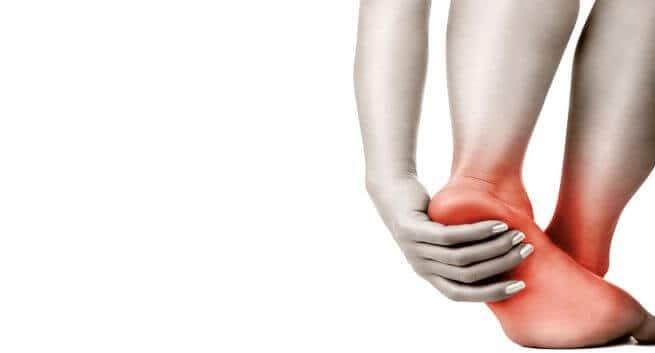 Tê bì tay chân: Nguyên nhân, triệu chứng, chẩn đoán và điều trị