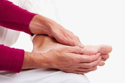 What is Numbness in the Palm, Feet? Causes And Treatment Of The Disease