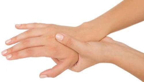 Hand numbness can alert a wide range of harmful health problems