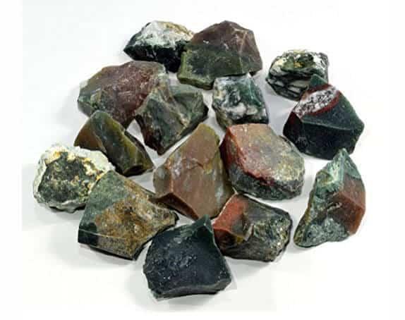 Đá phong thủy là gì? Công dụng của đá phong thủy như thế nào?
