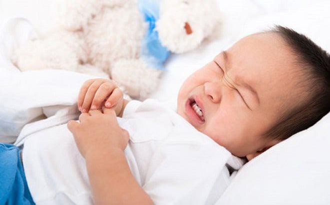Bị Lồng Ruột Ở Trẻ Em: Top 4 Dấu Hiệu Cha Mẹ Cần Chú Ý 4 2020